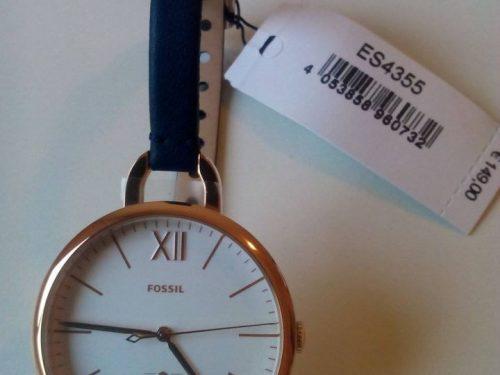 Reloj Fossil dama rosado con fundo blanco y correa cuero