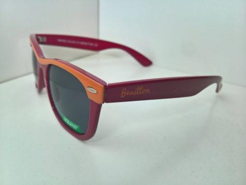 Gafas de sol con colores deportivos de la equipo de la Roma